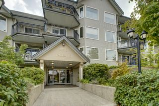 """Photo 1: 1 3770 MANOR Street in Burnaby: Central BN Condo for sale in """"CASCADE WEST"""" (Burnaby North)  : MLS®# R2403593"""