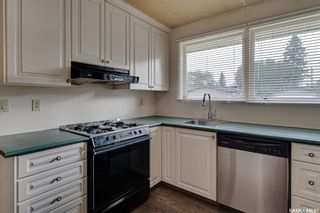 Photo 8: 6 Spinks Drive in Saskatoon: West College Park Residential for sale : MLS®# SK869610