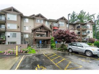 """Photo 1: 101 2581 LANGDON Street in Abbotsford: Abbotsford West Condo for sale in """"Cobblestone"""" : MLS®# R2496936"""