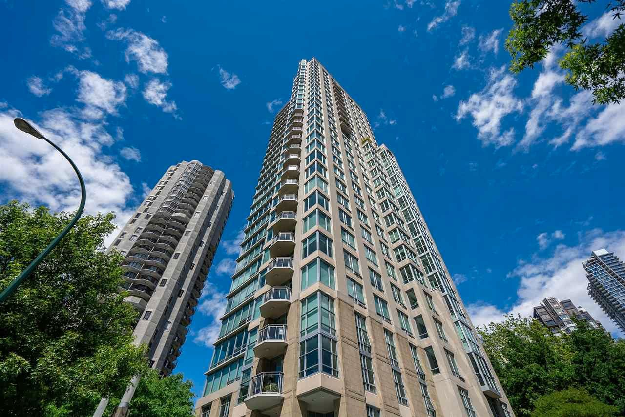 Main Photo: 303 1005 BEACH AVENUE in Vancouver: West End VW Condo for sale (Vancouver West)  : MLS®# R2597492