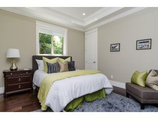 """Photo 10: 1360 MAPLE Street: White Rock House for sale in """"White Rock"""" (South Surrey White Rock)  : MLS®# F1443676"""