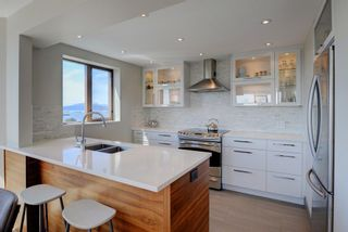 "Photo 9: 1106 2445 W 3RD Avenue in Vancouver: Kitsilano Condo for sale in ""Carriage House"" (Vancouver West)  : MLS®# R2163748"