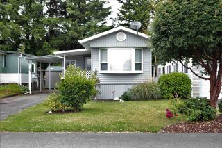 """Photo 1: 4 31313 LIVINGSTONE Avenue in Abbotsford: Abbotsford West Manufactured Home for sale in """"Paradise Park"""" : MLS®# R2592875"""