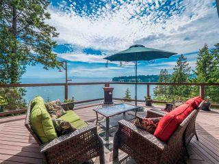 Photo 1: 7287 BELLE Road in Sechelt: Sechelt District House for sale (Sunshine Coast)  : MLS®# R2593697