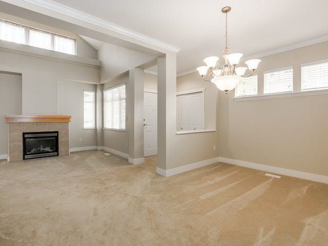 """Photo 4: Photos: 20 18088 8TH Avenue in Surrey: Hazelmere Townhouse for sale in """"HAZELMERE VILLAGE"""" (South Surrey White Rock)  : MLS®# F1428771"""