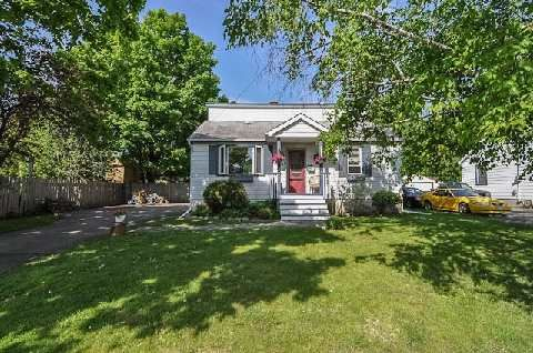 Main Photo: 508 N Byron Street in Whitby: Downtown Whitby House (1 1/2 Storey) for sale : MLS®# E2922885