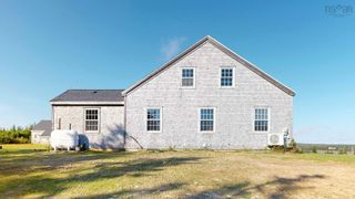 Photo 3: 20 Boosit Lane in Clam Bay: 35-Halifax County East Residential for sale (Halifax-Dartmouth)  : MLS®# 202124474