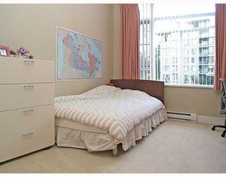 """Photo 8: 320 4685 VALLEY Drive in Vancouver: Quilchena Condo for sale in """"MARGUERITE HOUSE I"""" (Vancouver West)  : MLS®# V753054"""