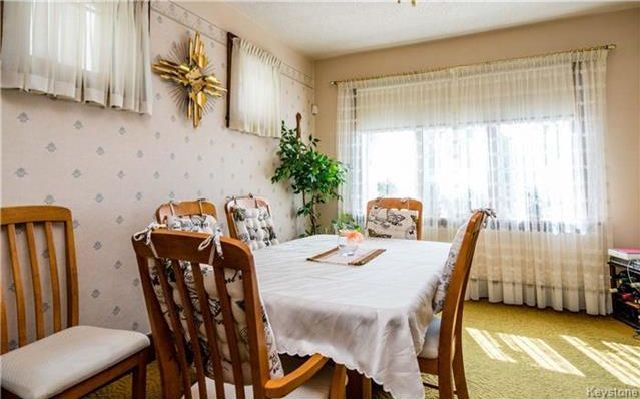 Photo 4: Photos: 262 Inkster Boulevard in Winnipeg: West Kildonan Residential for sale (4D)  : MLS®# 1722838