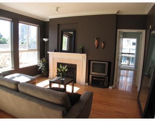 """Photo 2: Photos: 301 5605 HAMPTON Place in Vancouver: University VW Condo for sale in """"THE PEMBERLEY"""" (Vancouver West)  : MLS®# V657291"""