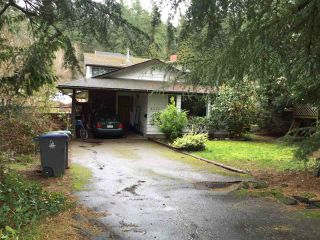 """Photo 2: 2670 127A Street in Surrey: Crescent Bch Ocean Pk. House for sale in """"Ocean Park Crescent Beach"""" (South Surrey White Rock)  : MLS®# R2045182"""