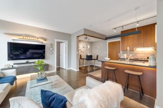 """Photo 9: 302 1189 MELVILLE Street in Vancouver: Coal Harbour Condo for sale in """"THE MELVILLE"""" (Vancouver West)  : MLS®# R2611872"""