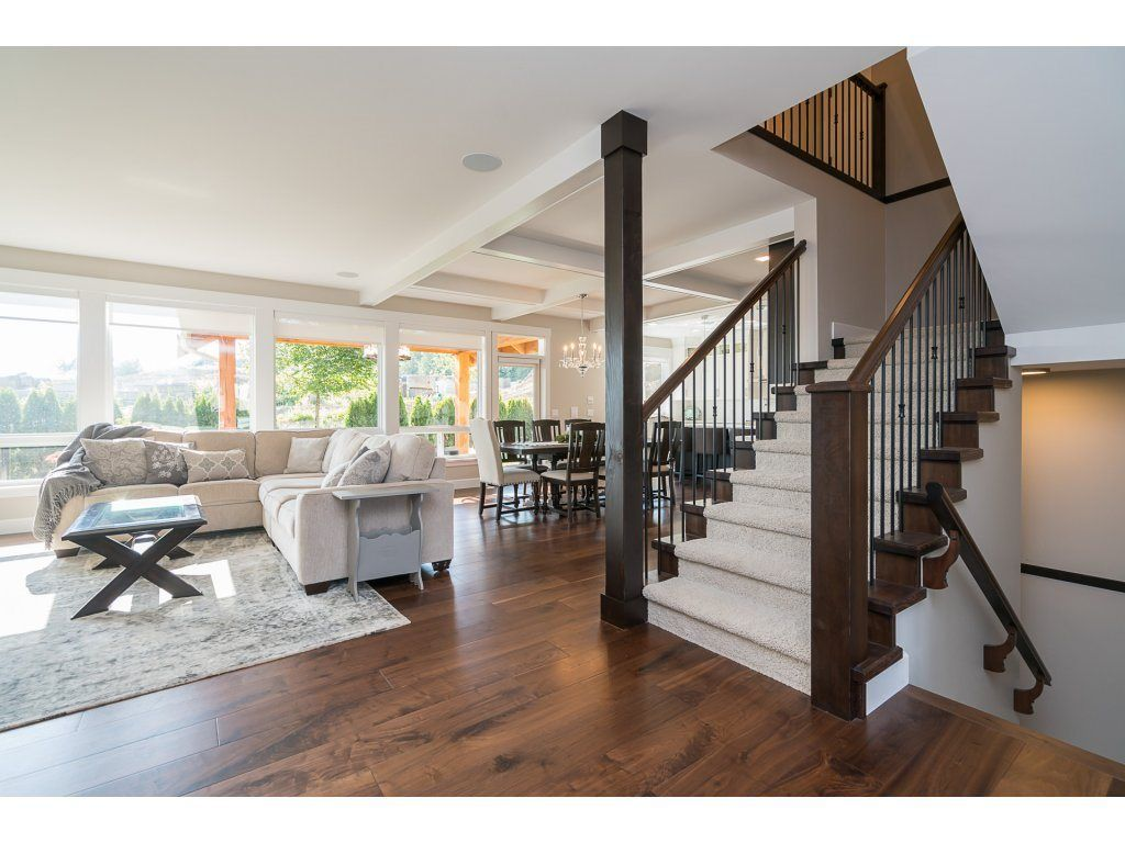 """Main Photo: 2747 EAGLE SUMMIT Crescent in Abbotsford: Abbotsford East House for sale in """"Eagle Mountain"""" : MLS®# R2209656"""