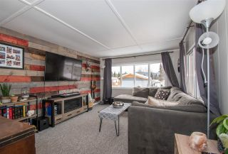 """Photo 4: 21 95 LAIDLAW Road in Smithers: Smithers - Rural Manufactured Home for sale in """"MOUNTAIN VIEW MOBILE HOME PARK"""" (Smithers And Area (Zone 54))  : MLS®# R2441463"""