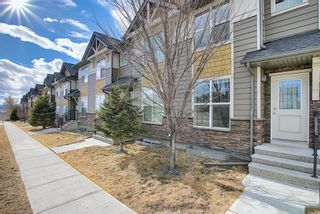 Photo 2: 731 101 Sunset Drive: Cochrane Row/Townhouse for sale : MLS®# A1077505