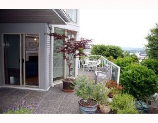 "Photo 7: 104 68 RICHMOND Street in New_Westminster: Fraserview NW Condo for sale in ""GATEHOUSE PLACE"" (New Westminster)  : MLS®# V736681"