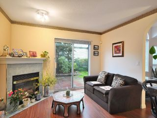 """Photo 4: 26 7465 MULBERRY Place in Burnaby: The Crest Townhouse for sale in """"SUNRIDGE"""" (Burnaby East)  : MLS®# V851137"""