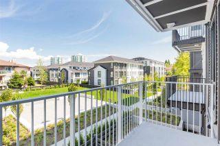 Photo 14: 202 10168 149 Street in Surrey: Guildford Condo for sale (North Surrey)  : MLS®# R2389741