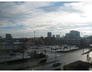 """Photo 1: 502 6651 MINORU Boulevard in Richmond: Brighouse Condo for sale in """"PARK TOWERS"""" : MLS®# V687319"""