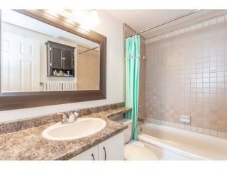 """Photo 17: 307 1830 E SOUTHMERE Crescent in Surrey: Sunnyside Park Surrey Condo for sale in """"Southmere Mews"""" (South Surrey White Rock)  : MLS®# R2466691"""