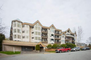 "Photo 1: 312 11595 FRASER Street in Maple Ridge: East Central Condo for sale in ""BRICKWOOD PLACE"" : MLS®# R2050704"