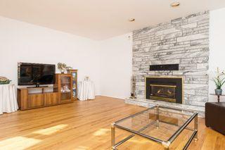 Photo 5: 20469 DENIZA Avenue in Maple Ridge: Southwest Maple Ridge House for sale : MLS®# R2123149
