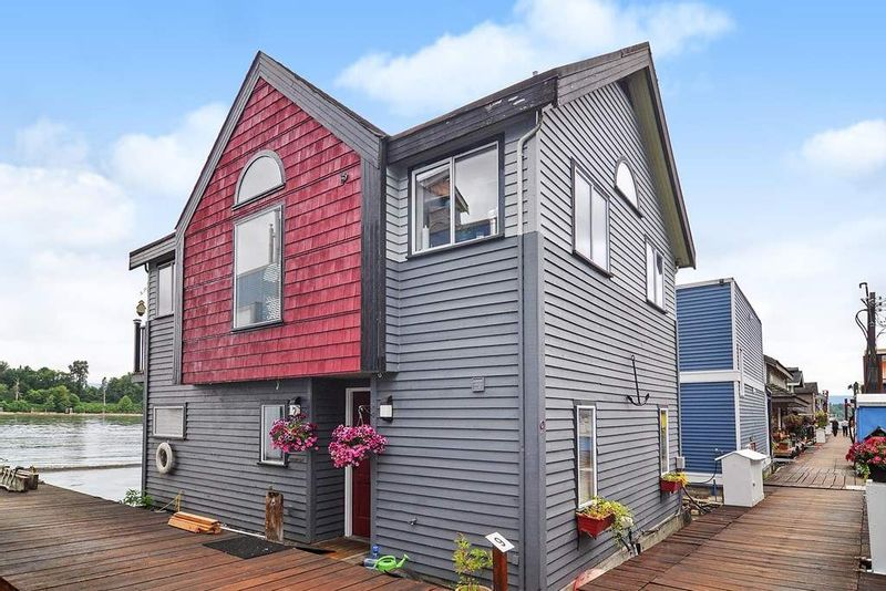 FEATURED LISTING: 9 - 20837 LOUIE Crescent Langley