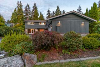 """Photo 2: 2864 BUSHNELL Place in North Vancouver: Westlynn Terrace House for sale in """"Westlynn Terrace"""" : MLS®# R2622300"""