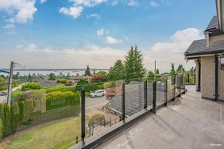 Photo 3: 2111 OTTAWA Avenue in West Vancouver: Dundarave House for sale : MLS®# R2611555