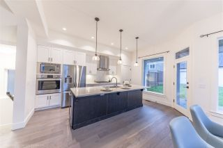 """Photo 4: 2112 164A Street in Surrey: Grandview Surrey House for sale in """"Edgewood Gate"""" (South Surrey White Rock)  : MLS®# R2402309"""