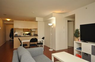 """Photo 2: 1003 6611 COONEY Road in Richmond: Brighouse Condo for sale in """"MANHATTAN TOWER"""" : MLS®# R2536822"""