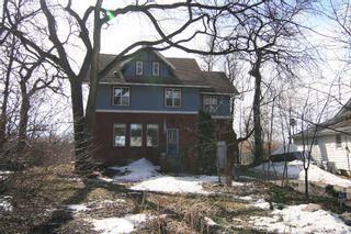 Main Photo: 401 Kingston Crescent in Winnipeg: St Vital Residential for sale (South Winnipeg)  : MLS®# 1100727