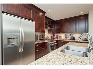 """Photo 6: 202 14824 NORTH BLUFF Road: White Rock Condo for sale in """"The Belaire"""" (South Surrey White Rock)  : MLS®# R2405927"""
