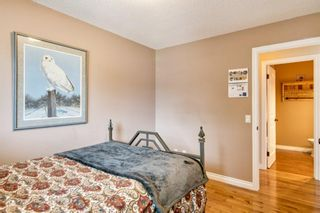 Photo 16: 131 Queensland Circle SE in Calgary: Queensland Detached for sale : MLS®# A1148253