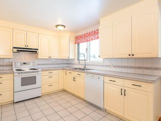 Photo 8: 5115 BULYEA Road NW in Calgary: Brentwood Detached for sale : MLS®# C4278315