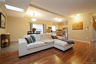 Photo 2: 134 Thetis Vale Cres in VICTORIA: VR Six Mile House for sale (View Royal)  : MLS®# 776055