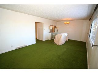 Photo 5: 284 HENDON Drive NW in Calgary: Highwood Residential Detached Single Family for sale : MLS®# C3643975
