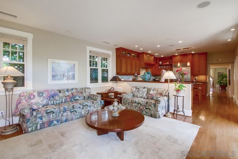 Photo 14: Photos: CORONADO VILLAGE House for sale : 3 bedrooms : 738 B Avenue in Coronado