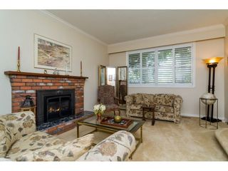 Photo 4: 1764 148A Street in Surrey: Sunnyside Park Surrey House for sale (South Surrey White Rock)  : MLS®# R2166852