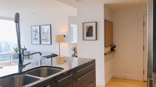 """Photo 8: 3307 1111 ALBERNI Street in Vancouver: West End VW Condo for sale in """"Shangri-la residence"""" (Vancouver West)  : MLS®# R2614231"""