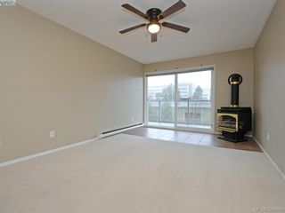 Photo 2: 307 2022 Foul Bay Rd in VICTORIA: Vi Jubilee Condo for sale (Victoria)  : MLS®# 777158