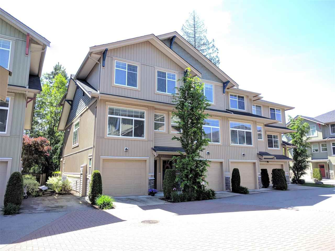 """Main Photo: 22 20966 77A Avenue in Langley: Willoughby Heights Townhouse for sale in """"NATURE'S WALK"""" : MLS®# R2370750"""