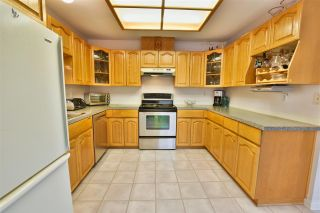 """Photo 10: 210 19645 64 Avenue in Langley: Willoughby Heights Condo for sale in """"Highgate Terrace"""" : MLS®# R2455714"""