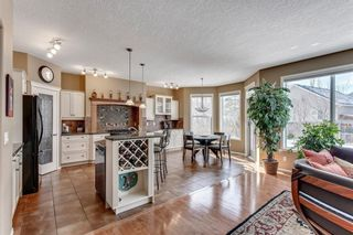 Photo 7: 90 STRATHLEA Crescent SW in Calgary: Strathcona Park Detached for sale : MLS®# C4289258
