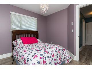 "Photo 16: 15552 VISTA Drive: White Rock House for sale in ""VISTA HILLS"" (South Surrey White Rock)  : MLS®# R2062767"