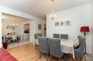 """Photo 12: 364 TAYLOR Way in West Vancouver: Park Royal Townhouse for sale in """"THE WESTROYAL"""" : MLS®# R2576775"""