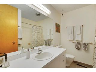Photo 17: 6224 LONGMOOR Way SW in Calgary: Lakeview House for sale