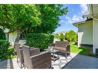 """Photo 27: 106 19649 53 Avenue in Langley: Langley City Townhouse for sale in """"Huntsfield Green"""" : MLS®# R2595915"""