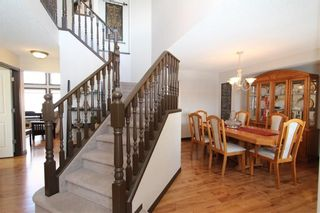Photo 3: 14 MT GIBRALTAR Heights SE in Calgary: McKenzie Lake House for sale : MLS®# C4164027
