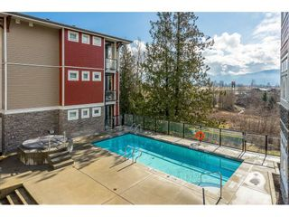 """Photo 2: 410 2242 WHATCOM Road in Abbotsford: Abbotsford East Condo for sale in """"~The Waterleaf~"""" : MLS®# R2372629"""